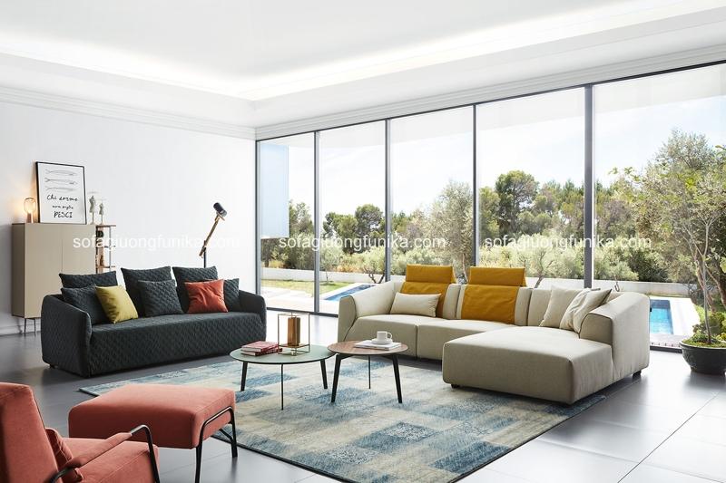 Phòng khách sử dụng tông màu đối lập hết sức khéo léo