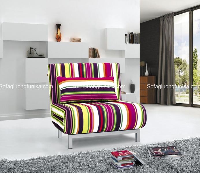 Bạn thích chiếc ghế có họa tiết kẻ sọc đầy màu sắc chứ?